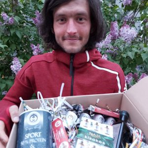 Tokodi Dávid átveszi a Naja Forest csomagot